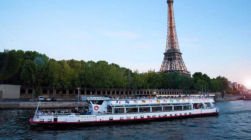 Cruise aboard a Vedette du pont neuf - the Eiffel Tower
